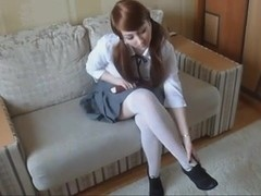 schoolgirl's hawt socks and feet