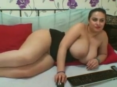 AmazingLoraa Webcam Show