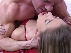 Teen Teddi Rae Wants To Get Drilled