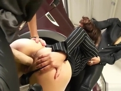 Three raunchy hotties and one squirting toy