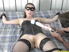Black Canary Fails - Casey Calvert