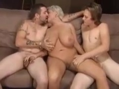 CURVY BREASTY COUGAR : GROUP SEX
