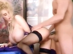 Wendy Whoppers huge selicone tits blonde