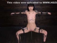 Tattoed slave is tormented in devices
