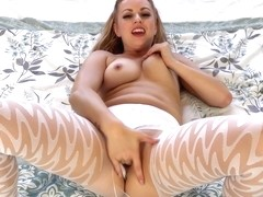 JerkOffWithMe - Lexi Belle