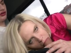Mature Bombshell Penetrated