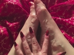 Sensual ASMR Feet Massage and FOOTJOB with dildos by HotwifeVenus