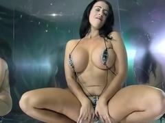 Xxx Videos of mature women stripping