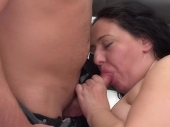 Chubby housewife, Melany likes lying on the bed, while a horny guy is licking her wet pussy