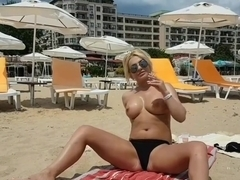 Amateur spied hot blonde to see her pussy-Public Masturbation