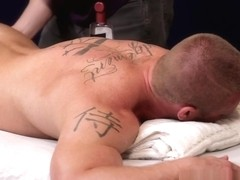 JAMES HUNTSMAN GETS GAY MASSAGE BY GRIFFIN BARROWS