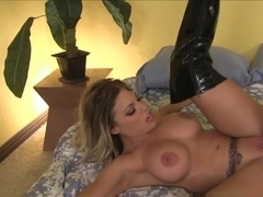 Best pornstars Alec Knight, Britney Amber, Lexington Steele in Hottest Cunnilingus, Big Ass adult video