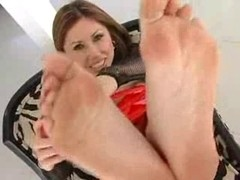 Wax my feet