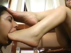 Real deepfeet - Foot gag