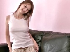 Beata Couch Fingering
