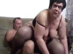 Sexy Mature With Big Jiggly Ass And Arms Fucks And Sucks