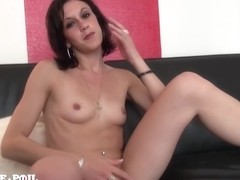La France A Poil -5 Years Old And Sodomized At Her Firs