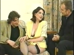 Vintage - Brunette MILF DP Threesome