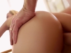 PORNFIDELITY - Jessie Rogers Gets Two Anal Creampies After Workout