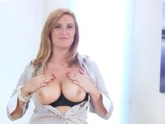 Breasty office mother i'd like to fuck acquires off when that babe acquires home