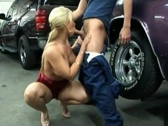 MILF goes to the Mechanic