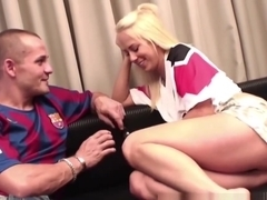 Sex before the match Barcelona-Manchester with Carla Cox