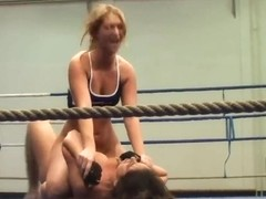 Catfight between Linda Ray and Lisa Sparkle