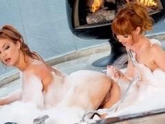 Jayden Cole, Marie McCray in Bathtub Lovers