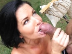 cockcompensation Veronica Avluv