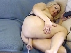 KadyinRed first time with fuck machine. Cums 7 times!