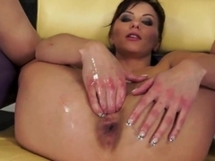 Alysa Gap oiling her snatch and masturbating hard