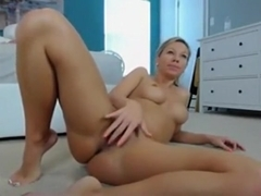 Cam Bitch Anal Fisting Herself Approximately