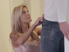 Busty stepmom Klarisa Leone brought a math tutor to help her