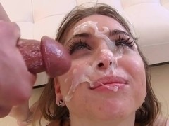 Riley Reid gets her face splattered with warm cum