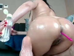 I caught my gf on webcam and she SQUIRT!!!