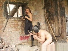 Dirty high heel cleaning (russian goddess Adrianna)