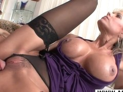 Realy Nice Mommy Jordan Lynn Bangs Hard Hot Bud