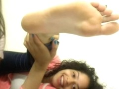 chatroulette girls feet 100