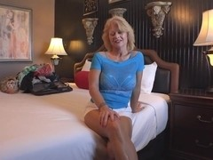 busty mature dyke and blonde