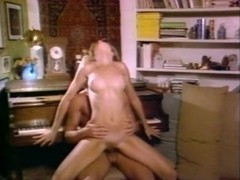 Christy Canyon, Bunny Bleu, Blondi in classic xxx video