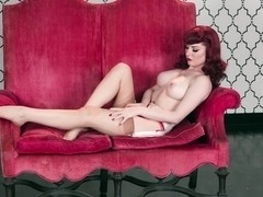 Belle Rouge with Angela Ryan