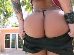 Emo slut Christy Mack gets nailed by big hung dude