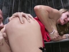 Johnny Sins fucks busty blonde Tanya Tate