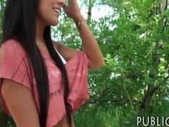 Amateur Eurobabe Maria Fiori banged in public for money