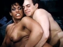 Vanessa del Rio, Jerry Butler in hot ebony babe goes for 80s porn interracial fuck
