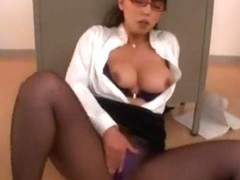 Hottest Japanese girl Ryoko Murakami in Best Facial, Gangbang JAV video