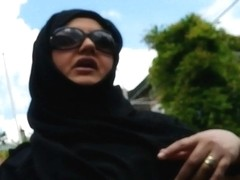 Wolter's Hijab Bitch 002A