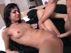Charming busty Veronica Rodriguez gives a magic BJ