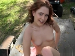 Fuckmate makes hottie cum