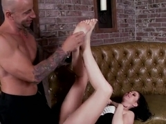 Loni Evans gets her toes kissed and licked